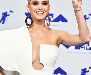 katy perry, live, and music image