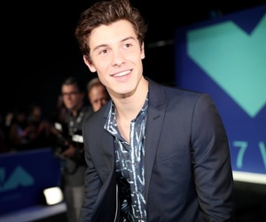 shawn mendes, singer, and mtv image