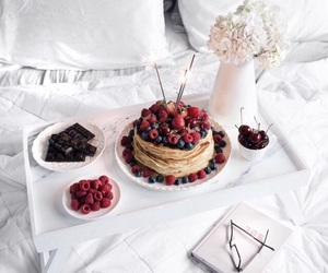bed, blueberry, and breakfast image
