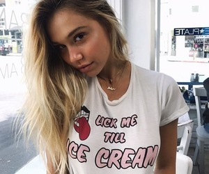 beautiful, body, and icecream image