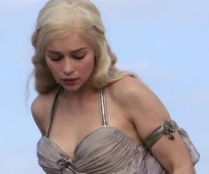 got, game of thrones, and khaleesi image