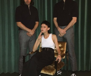 band and moody pop image