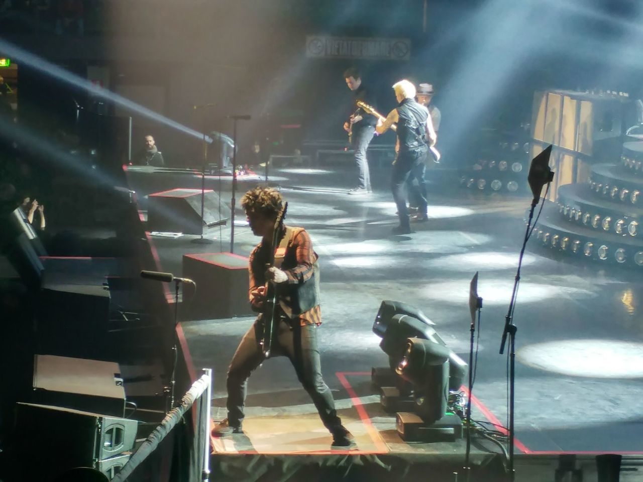 article, billie joe armstrong, and concert image