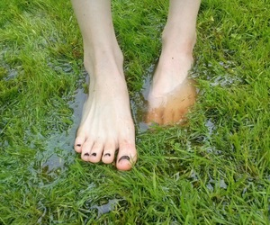 feet and water image