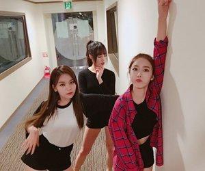 gfriend, kpop, and yuju image