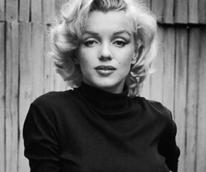 Marilyn Monroe, beauty, and black and white image