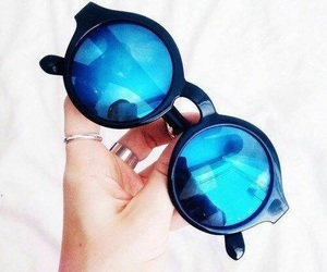 accessories, fashion, and shades image