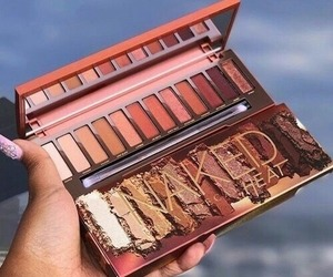 makeup, naked, and eyeshadow image