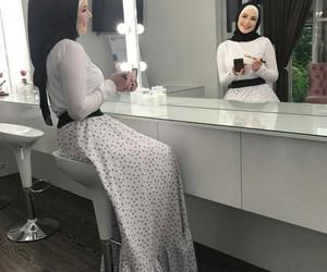 beauty, dress, and muslim image