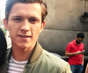 tom holland and tom holland icon image