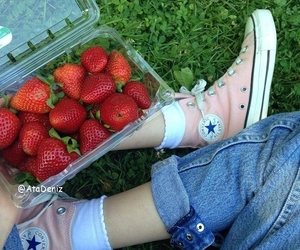 converse, grunge, and strawberry image