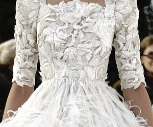 bianco, Couture, and moda image