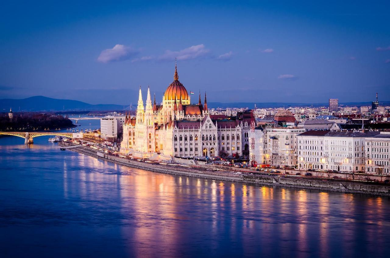 article, budapest, and Dream image