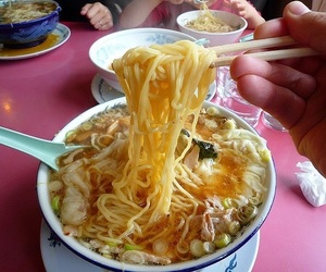 bowl, chinese, and soup image