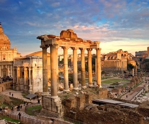 ruins and rome image
