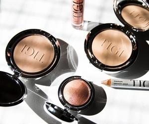 blog, blogger, and cosmetics image