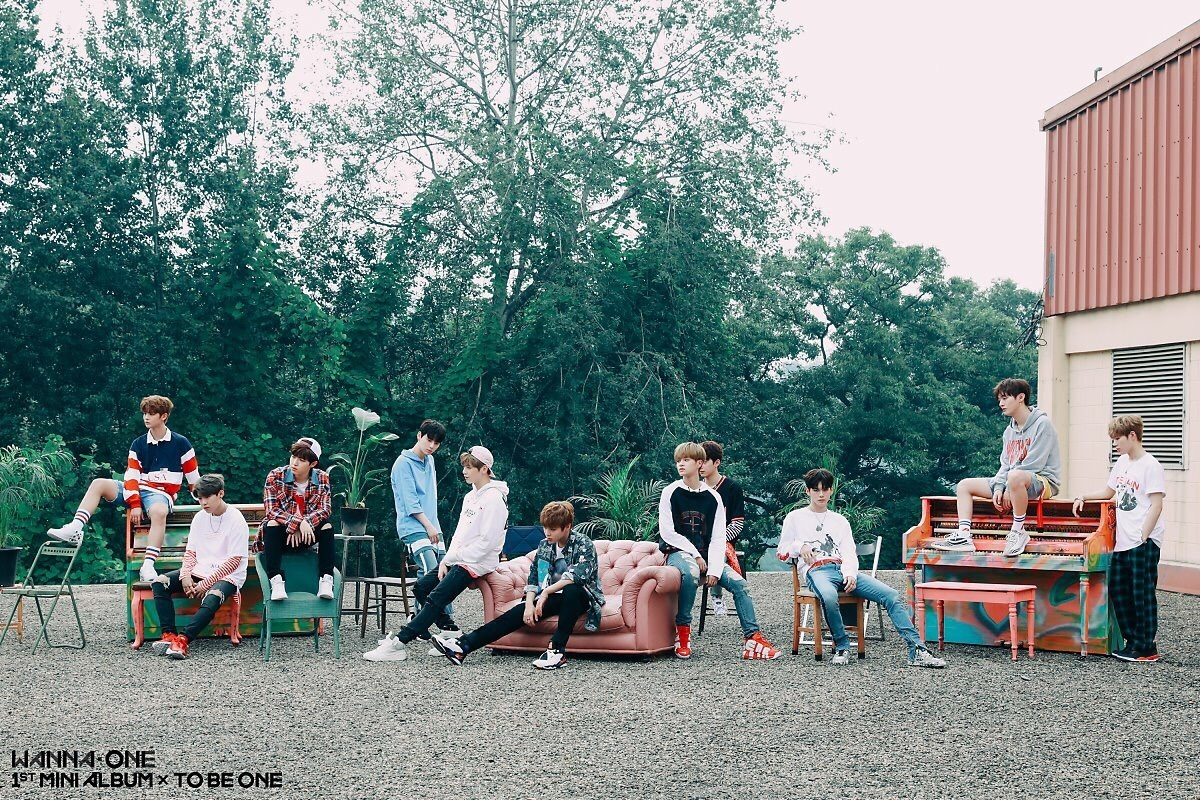 wanna one, kpop, and energetic image