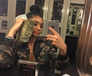 money, girl, and makeup image