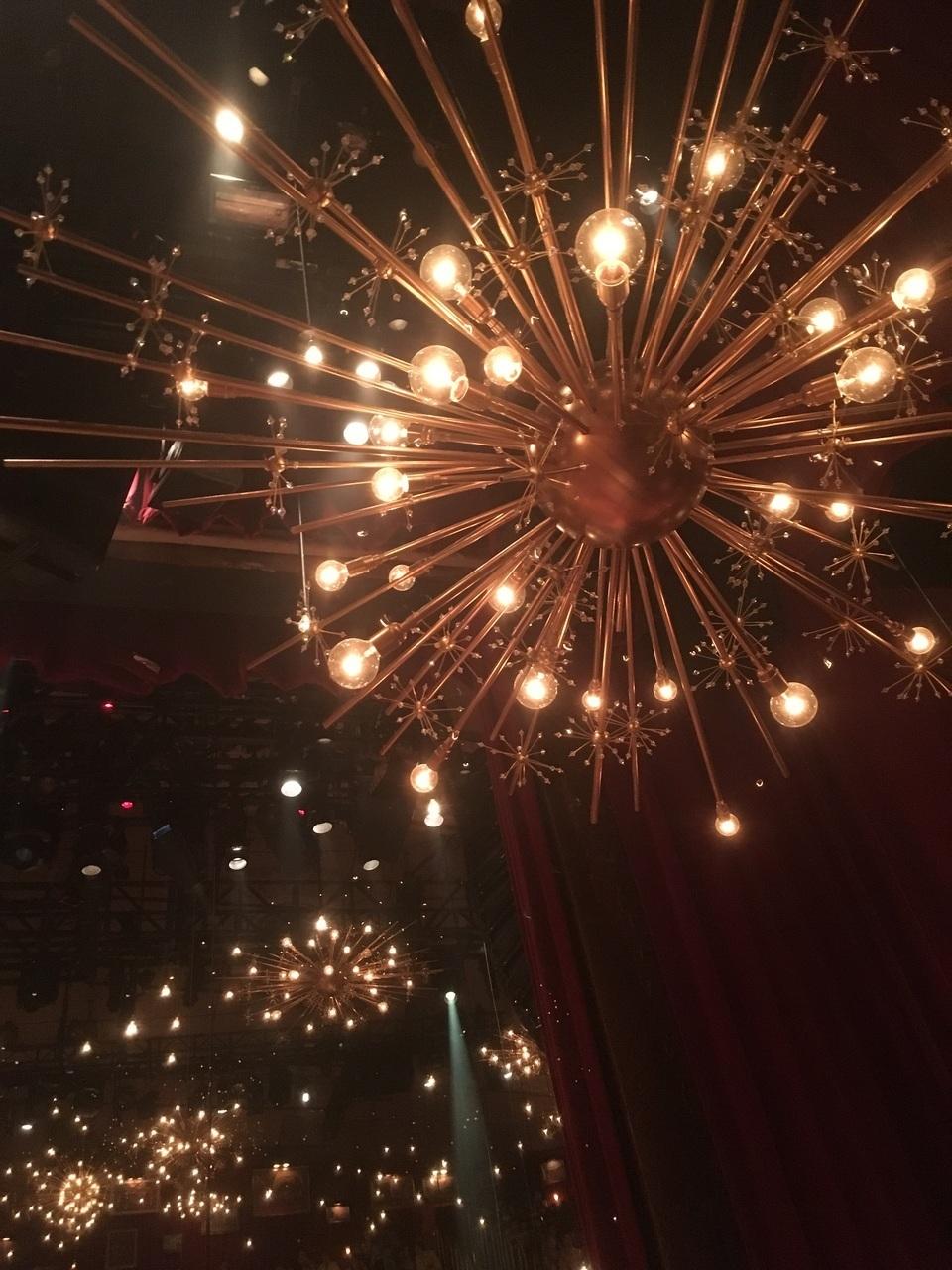 Great Comet Lighting Fixture Discovered