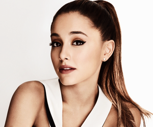 famous, ariana grande, and girl image