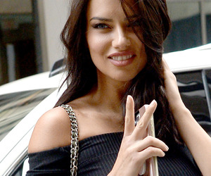 Adriana Lima, candids, and fashion image