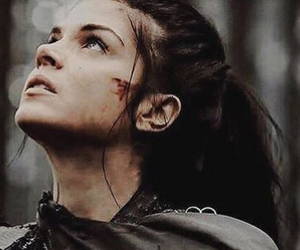 octavia, the 100, and blood image