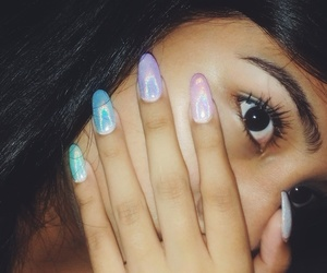 colored, nails, and pretty eyes image