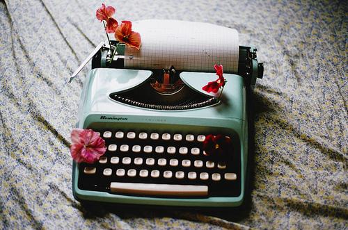 vintage, flowers, and typewriter image