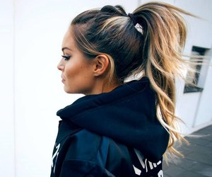 hair, ponytail, and high image