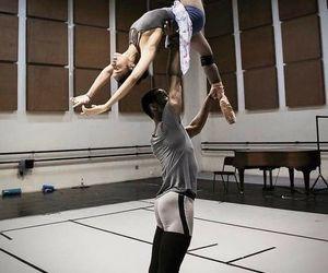 dance ballet and weitere tags hinzufügen image