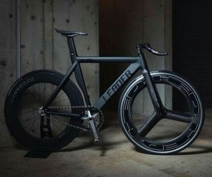 black, fixie, and cycles image