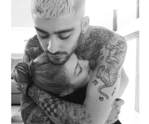 gigi hadid, couple, and zayn image