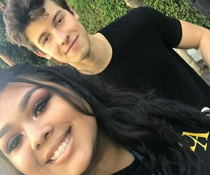 fan and shawn mendes image
