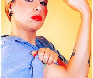 pitty and Pin Up image