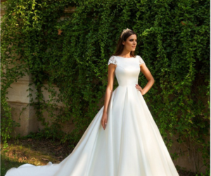 wedding dress, wedding dresses, and bridal dresses image