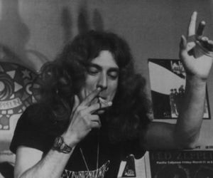 robert plant, led zeppelin, and 70s image