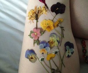 flowers, pale, and grunge image