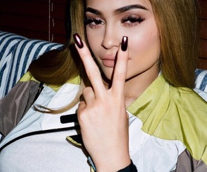 kylie jenner, nails, and beauty image