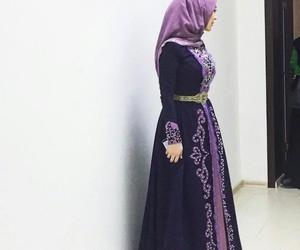 hijab, muslim, and chechenka image