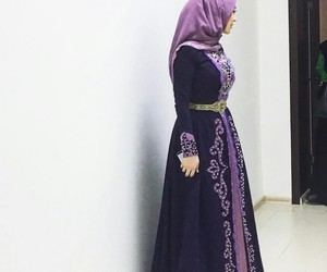 hijab, muslim, and traditional image