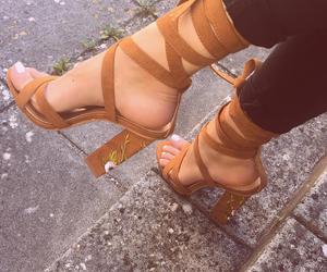 girl, meninas, and sapatos image