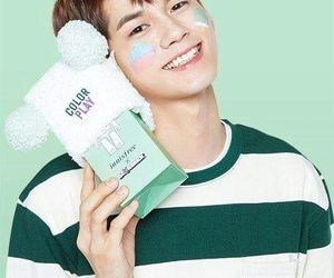 green, cute, and seongwu image