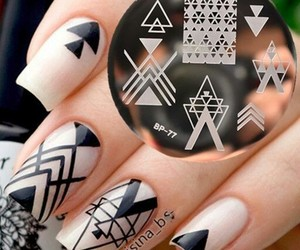 nail art and Motifs image