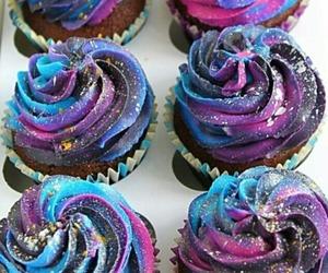 cupcake and galaxy image