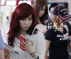 girls generation, red hair, and kpop image
