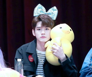 kpop, ong, and wanna one image