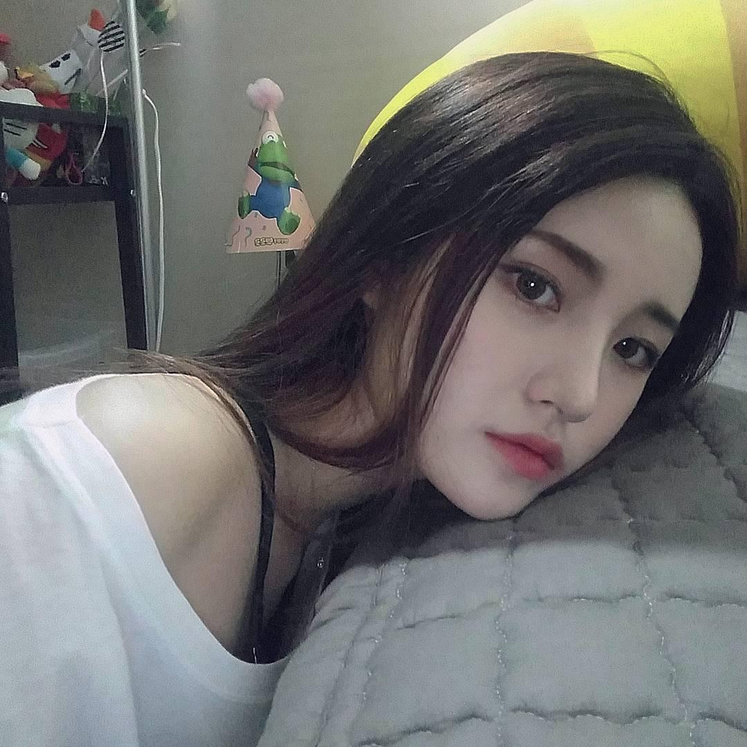 Girls asian Hot Asian