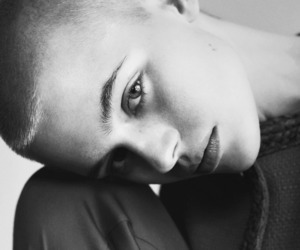androgynous, androgyny, and female model image