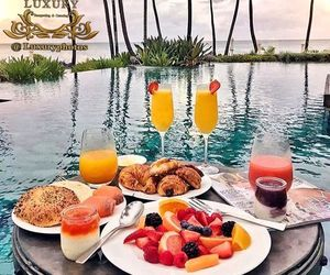 breakfast and summer image