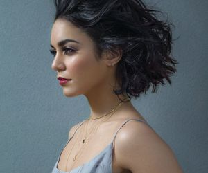 black hair, vanessa hudgens, and wavy hair image